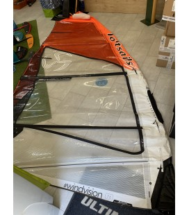 LOFTSAILS WINDVISION SKYSCAPE 7.6 (OCC. TBE)